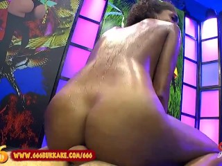 stunning Brazilian Luna Gives Footjob and Bathes in Pee Shower