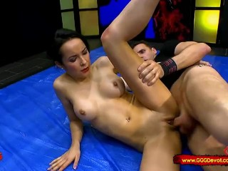Francys Belle knows to treat penii She love's anal - bukkake too GGGDevot