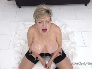 Busty mature lady Sonia wants to be covered in sperm